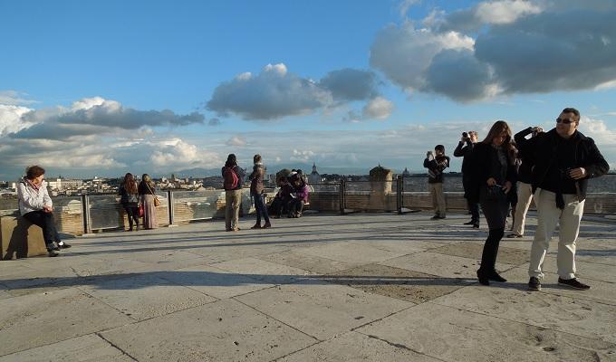 yuローマサンタンジェロ城屋上