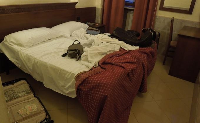 yuローマ2日目夜ホテル