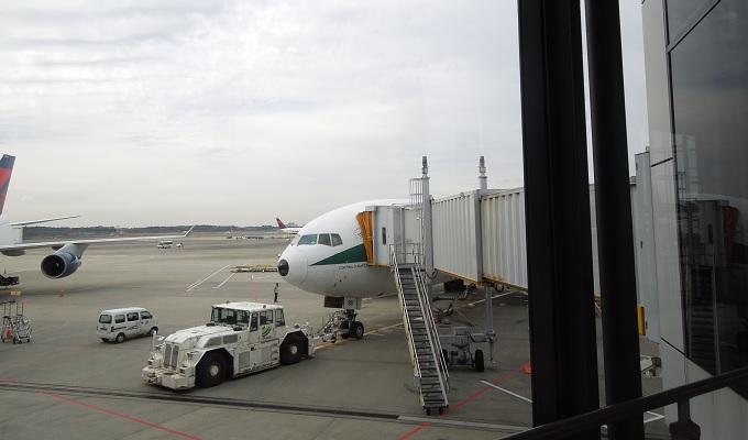 yuイタリア成田発の飛行機