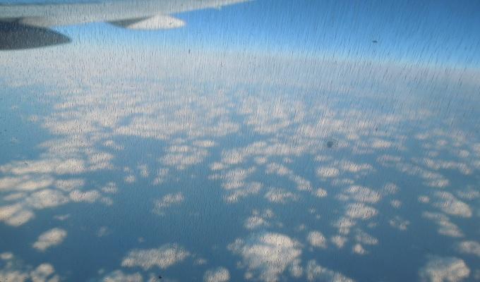 yuイタリア飛行機からの眺め