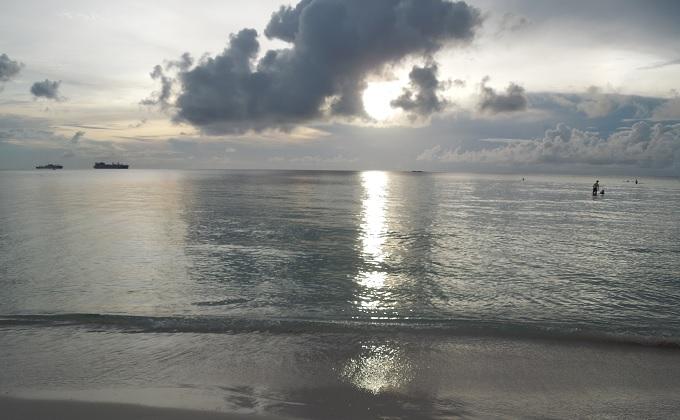 yuサイパンの海1