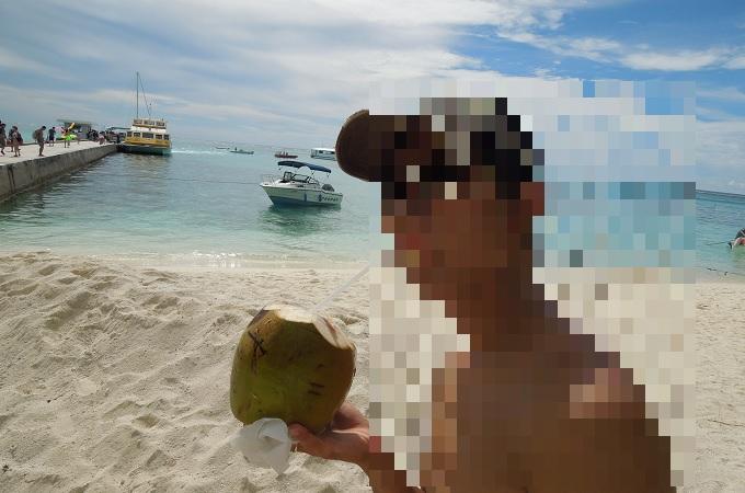 yuサイパンマニャガハ島でココナッツジュース