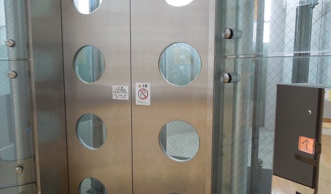 yu夢みなとタワーのエレベーターの中