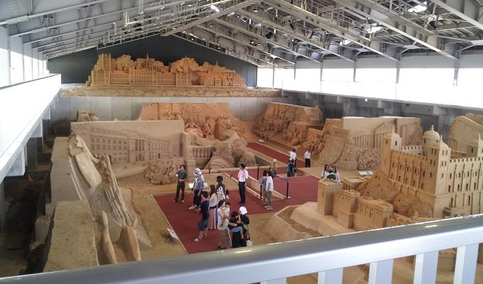 yu砂の美術館の全体の様子