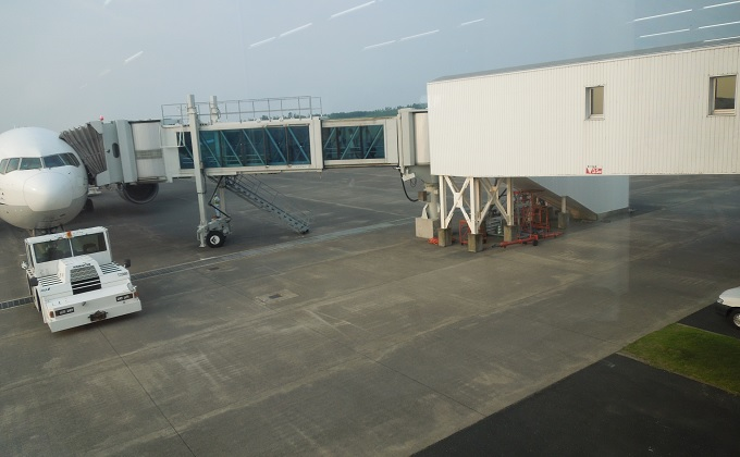 yu鳥取空港で乗る飛行機