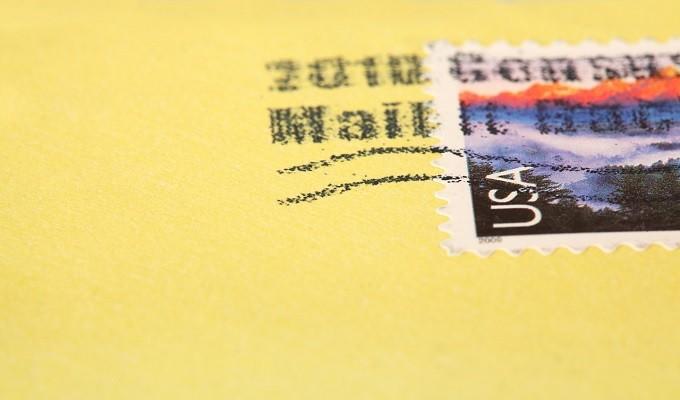 【就活】横書きの封筒の書き方。表と裏の見本(例)を紹介