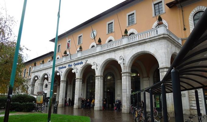 yuフィレンツェピサ駅