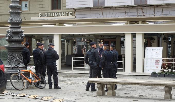 yuフィレンツェ警官
