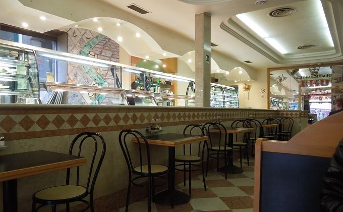 yuベネチア昼食の店の中