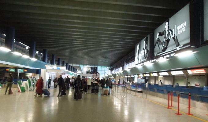 yuローマ帰国空港