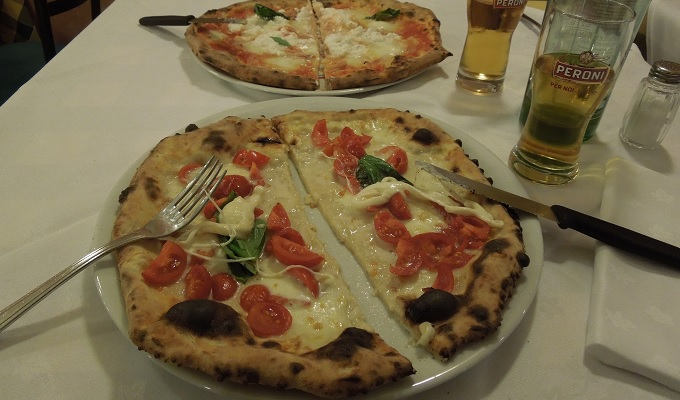 yuフィレンツェ夕食ピザ
