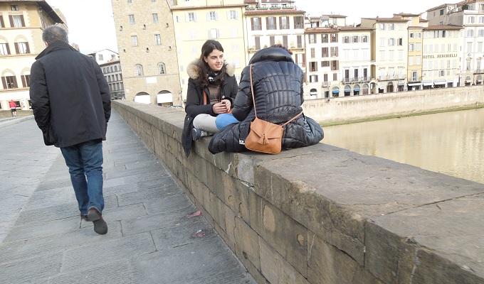 yuフィレンツェ橋で話
