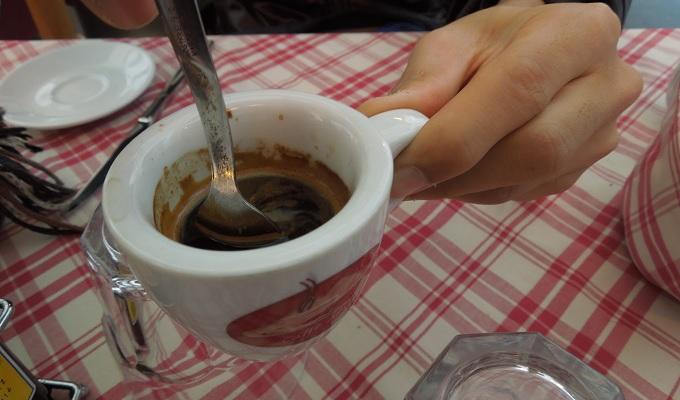 yuローマ1日目昼食コーヒー