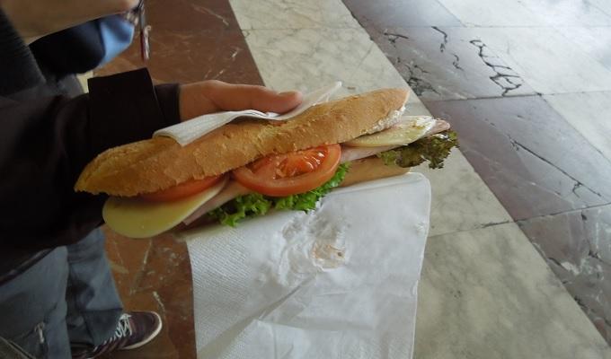 yuフィレンツェ昼食パニーニ
