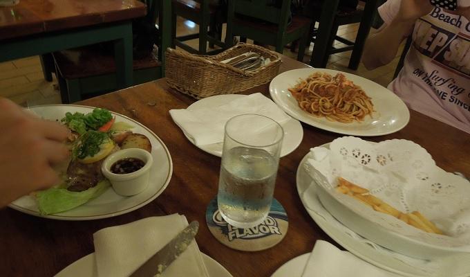 yuサイパン1日目のディナー