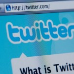 就活ではSNSに注意。企業の人事にツイッターやフェイスブックが見られる可能性がある。